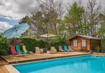 Location vacances Floressas - Cozy Villa in Saint-Martin-le-Redon with Private Pool-2
