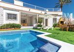 Location vacances Los Belones - Four-Bedroom Holiday Home in Islas Menores-1