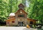 Location vacances Jasper - '7 Timbers' Jasper Cabin on 15 Acres with Creeks!-1