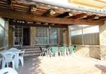 Location vacances Sils - Five-Bedroom Holiday home Girona with a Fireplace 02-2