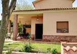 Location vacances Alcalá de Guadaíra - Chalet with 3 bedrooms in Carmona with private pool enclosed garden and Wifi-2