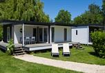 Camping avec Piscine Suèvres - Camping Sandaya Château des Marais-4
