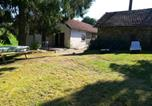 Location vacances Saint-Etienne-Cantalès - House with 3 bedrooms in Lacam d'Ourcet with wonderful mountain view and enclosed garden-1