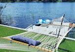 Location vacances Hollywood - Lake Life - 3/2 lake House With Hot Tub And Kayaks-2