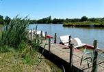 Camping avec Piscine couverte / chauffée Najac - Flower Camping Le Lac aux Oiseaux-2