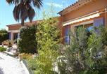 Location vacances Saint-Cyr-sur-Mer - Apartment Les Iles-3