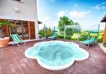 Location vacances Belforte all'Isauro - Eclisse-1