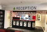 Hôtel Newbury - Flexistay Reading West Aparthotel - With Communal Kitchen Use-3