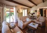 Location vacances Tourrettes-sur-Loup - Three-Bedroom Holiday Home in Tourrettes sur Loup-2