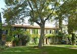 Hôtel Vaucluse - Domaine de Rhodes B&B-1