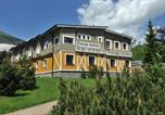 Hôtel Vysoké Tatry - Aplend Apartmany Kamzík-1