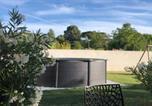 Location vacances Rognac - Magnifique villa 6 à 8 personnes avec piscine privée-2