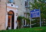 Hôtel Ayr - Miller House Courtyard-4