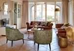 Location vacances Sevenum - Charming Holiday Home in Baarlo with Terrace-1