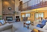 Location vacances Clarks Summit - Ski, Swim, and Golf at Hideout Hideaway with Game Room!-1