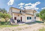 Location vacances Foligno - Giano dell'Umbria IUS102