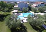 Location vacances  Province de Teramo - Villa Torri-3