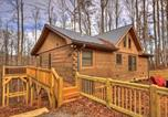 Location vacances Blue Ridge - Up, Up And Away Cabin-1