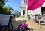 Location vacances  Côtes-d'Armor - House with 2 bedrooms in Perros Guirec with enclosed garden and Wifi-1