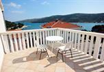 Location vacances Marina - Apartments by the sea Marina, Trogir - 10003-1