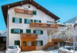 Location vacances  Province de Trente - Locazione Turistica Deluca - Pfs465-1