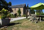 Location vacances Saint-Agrève - Comfortable cottage in Saint-Prix with Sauna-2