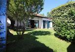 Location vacances  Gironde - Magnifique villa front de mer-4