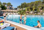 Camping avec Piscine couverte / chauffée La Londe-les-Maures - Camping Holiday Green-1