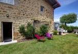 Location vacances Boisset-lès-Montrond - House Bellevue 40-1