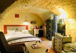 Hôtel Languedoc-Roussillon - Chambre sous les voutes-2