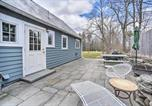 Location vacances Saugerties - Charming Cottage with Yard - 2 Mi to Tinker St!-1