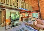 Location vacances Plymouth - Quiet A-Frame Cabin on Creek with Private Deck!-4