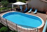 Location vacances Saignon - Maison d'une chambre a Gargas avec piscine privee jardin clos et Wifi a 86 km de la plage-2