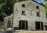 Location vacances  Province de Forlì-Césène - Casina del Ponte-1