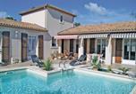 Location vacances Périgny - Holiday Home Aytre Avenue Edmond Grasset-1