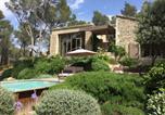 Location vacances Paradou - Villa de 2 chambres a Saint Remy de Provence avec magnifique vue sur la montagne piscine privee jardin amenage a 60 km de la plage-1