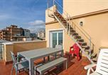 Location vacances Premià de Mar - Two-Bedroom Apartment in Vilassar de Mar-3