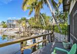 Location vacances Naples - Naples Studio w/Dock+Pool Access - by Beach!-1