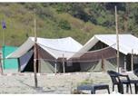 Camping en Bord de mer Inde - Junky Yard Camps next to Heaven river-3