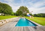 Location vacances Bassussarry - Country House with Character, Pool, Fireplace, and Garden-1