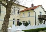 Location vacances Wangerooge - Ferienwohnung Villa im Park-1