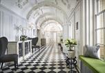 Hôtel Guildford - Barnett Hill Hotel-3