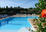 Location vacances Paradou - Un Gite En Provence - Les Jardins de Fontanille-1