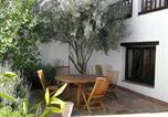 Location vacances  Grenade - Holiday home Calle Blanqueo Viejo-1