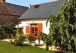 Location vacances Linières-Bouton - Holiday Home Meigne le Vicomte-3