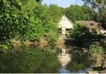 Villages vacances Aydat - Camping Au Bois de Calais-1