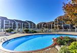 Location vacances Maumee - Lakeside Port Clinton Condo with Pool Access and View!-2