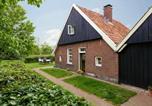Location vacances Enschede - Cozy Farmhouse In Enschede with Terrace-2