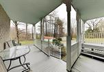 Location vacances Flat Rock - Maxwell House - Unique 4-Unit Home - Near Vineyard Duplex-3