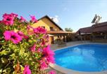 Location vacances Palić - Guest House Vila Alexandar-1
